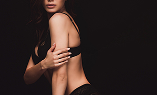 Surgery for breast asymmetry - model image 01