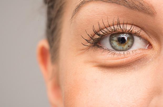 blepharoplasty - eyelid surgery - page image 001